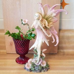 Gorgeous Fairy Statue